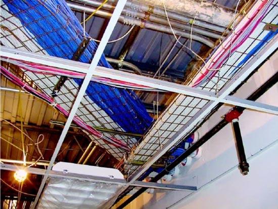 صفحات دراپ روی سقف دراپ