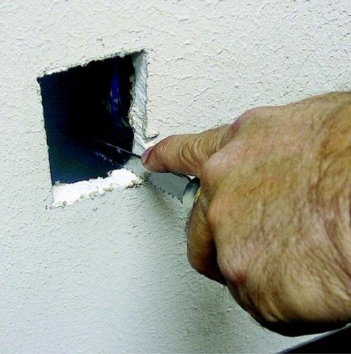 بریدن حفره برای پریز شبکه