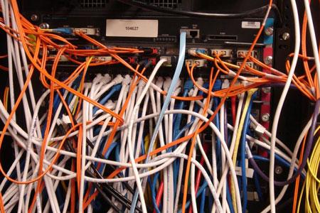 بهم ریختگی کابلهای شبکه